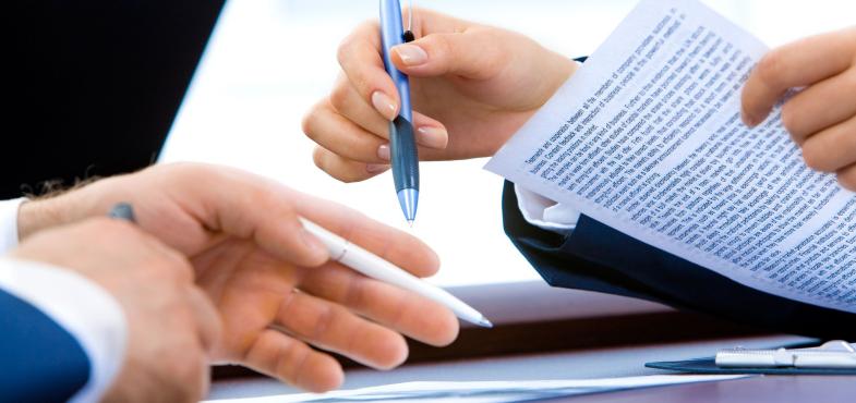 「情報通信サービス会社」の「営業職」の仕事内容・給料レポート