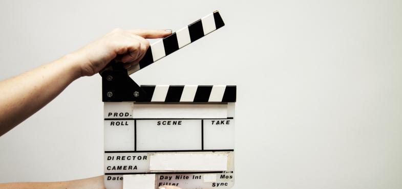 「番組制作会社」の「動画編集者」の仕事内容・給料レポート