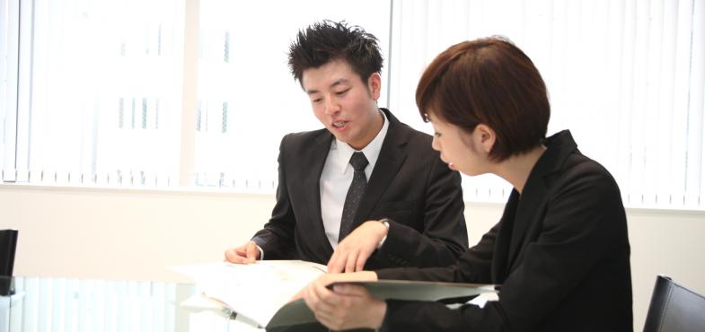 「ソフトウェア開発会社」の「SE・プログラマー」の仕事内容・給料レポート
