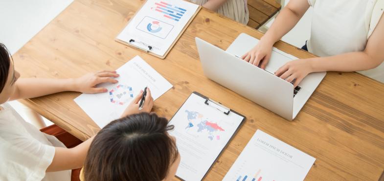 「ソフトウェア会社」の「開発職」の仕事内容・給料レポート