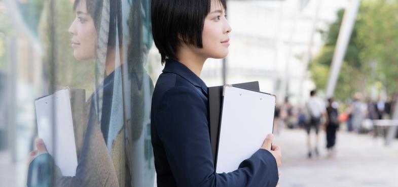 「不動産会社」の「一般事務職」の仕事内容・給料レポート